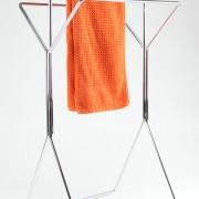 freistehender-Hantuchstaender-wingman-Bad-Ankleide-Designer-Sebastian-Frank-Produkte-Gestaltung-10