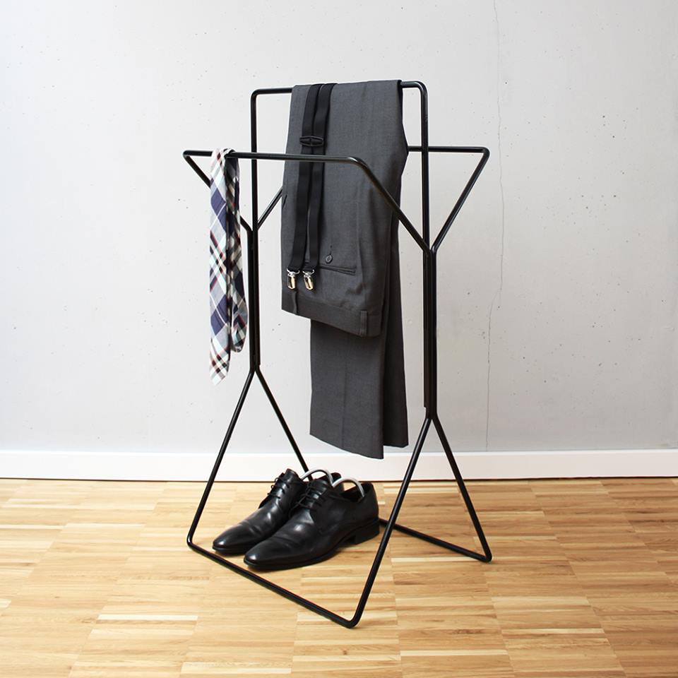 wingman handtuchst nder the towel rack valeria gunz. Black Bedroom Furniture Sets. Home Design Ideas