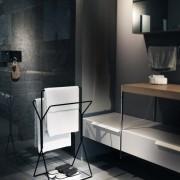 freistehender-Hantuchstaender-wingman-Bad-Ankleide-Designer-Sebastian-Frank-Produkte-Gestaltung-3