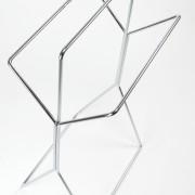 freistehender-Hantuchstaender-wingman-Bad-Ankleide-Designer-Sebastian-Frank-Produkte-Gestaltung-9
