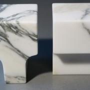 Buchstopper-Seifenstaender-Classico-Marmor-arabescato-rosso-levanto-Atipico-Designer-Studiocharlie-13