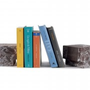 Buchstopper-Seifenstaender-Classico-Marmor-arabescato-rosso-levanto-Atipico-Designer-Studiocharlie-6