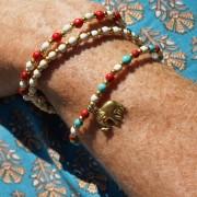 11-Perlenarmbaender-tuerkis-rot-weiss-und-gold-glanz-mit-Elefaentchen-weiss-und-gold-glanz-rot-weiss-und-gold-glanz-farbig-fuer-den-Sommer