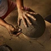 17-Barro-pottery-ceramic-terracotta-Pot-Schale-Topf-gross-und-klein-large-und-small-by-Sebastian-Herkner-ames-sala