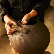 Barro-Vase-ceramic-terracotta-Vase-by-Sebastian-Herkner-ames-sala-Reisefotos-Dokumentation-der-Herstellung-36