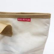 360-Grad-Segeltuch-Rucksacktasche-weiss-Zahl-rot-Damen-und-Herren-Seesack-aus-upcycelten-Materialien-10