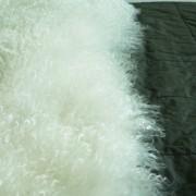 tibetanische-zapfenzieherfell-lammfelltafel-18
