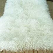 tibetanische-zapfenzieherfell-lammfelltafel-5