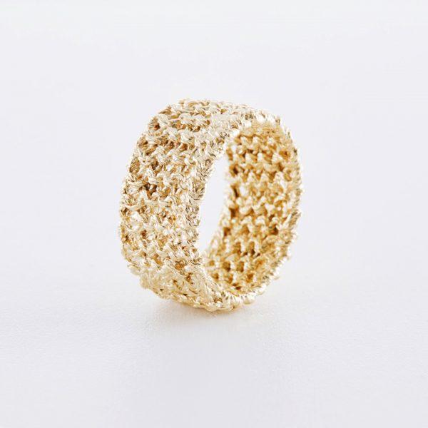 Gestrickter Rippchen Ring - ab 170.00 CHF
