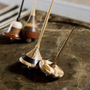 Trottole-Zwirbel-Holzspielzeug-Handmade-Amerigo-Milano-1