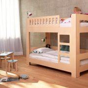 Tisch-eckig-farbig-Kinder-Swiss-Design-blueroom-14