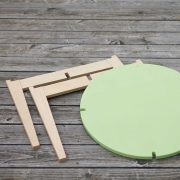 Tisch-rund-farbig-Kinder-Swiss-Design-blueroom-16