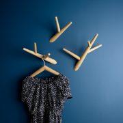 Kleiderhacken-ivy-3er-Satz-Klybeck-Designer-Baptiste-Ducommun-13