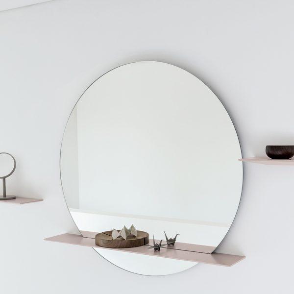 Cut runder Wandspiegel mit Ablage - ab 200.00 CHF