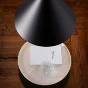 OZZ-Lampe-mit-Beistelltisch-Miniforms-4